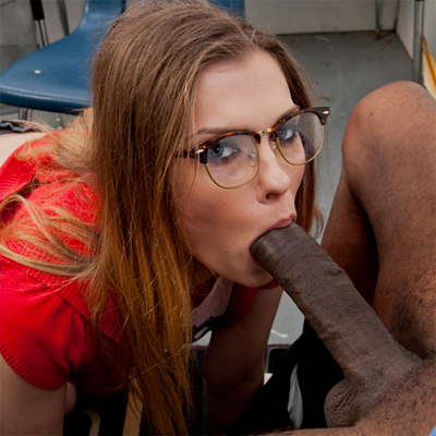 White girl sucks black cock — img 8