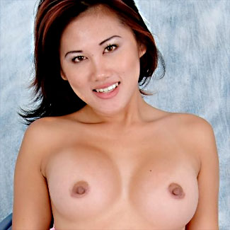 kalea has amazing tits