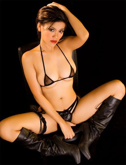 roxie busty thai girl