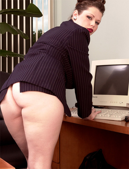 Desirae Big Tits 42