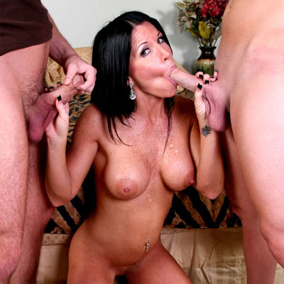 milf in the middle of two cocks making a cum smoothie