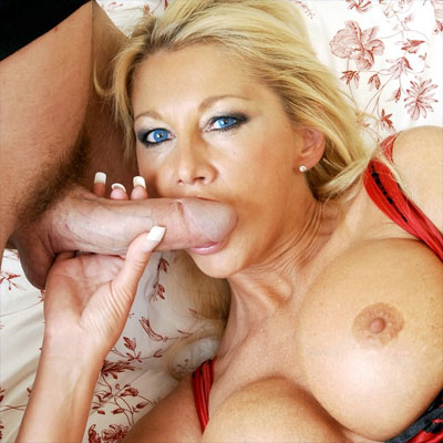 jay sweet is a milf that loves to suck cock