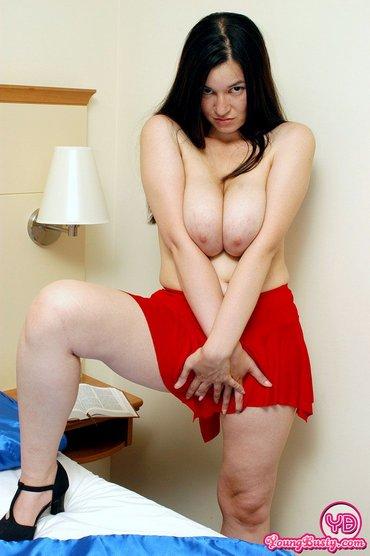 Curvy Jessie Naked