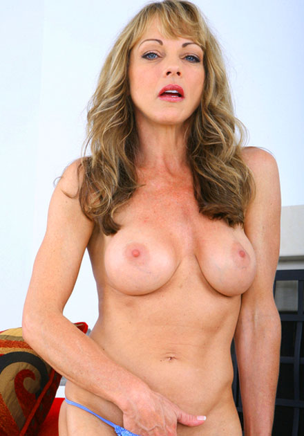 horny cougar shayla wants some college boy cock