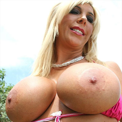 Misty Vonage has huge tits and big nipples