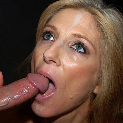 deedee knows how to suck a cock
