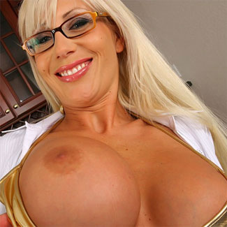 puma swede has got amazing big tits!