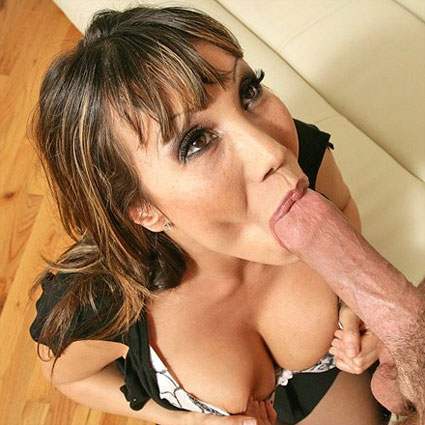 ava devine likes her mouth full of cock